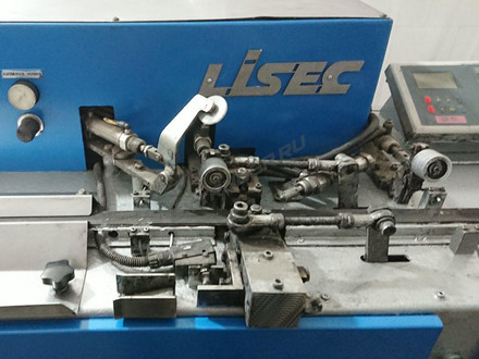 LISEC LBH-25V butyl extruder