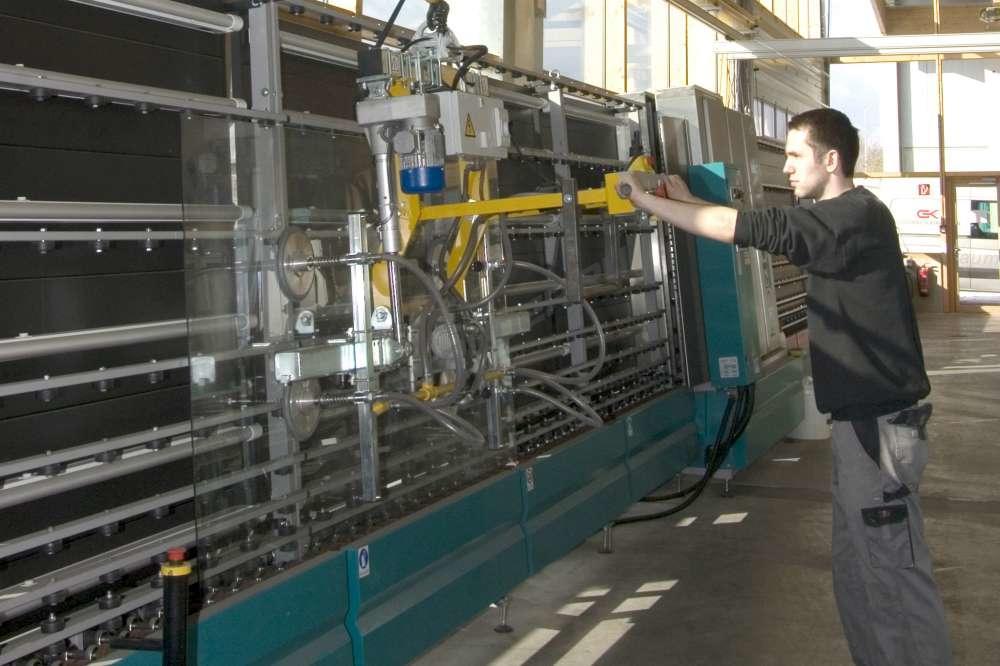 Подбор и оснащение легкими крановыми системами, присосками для стекла